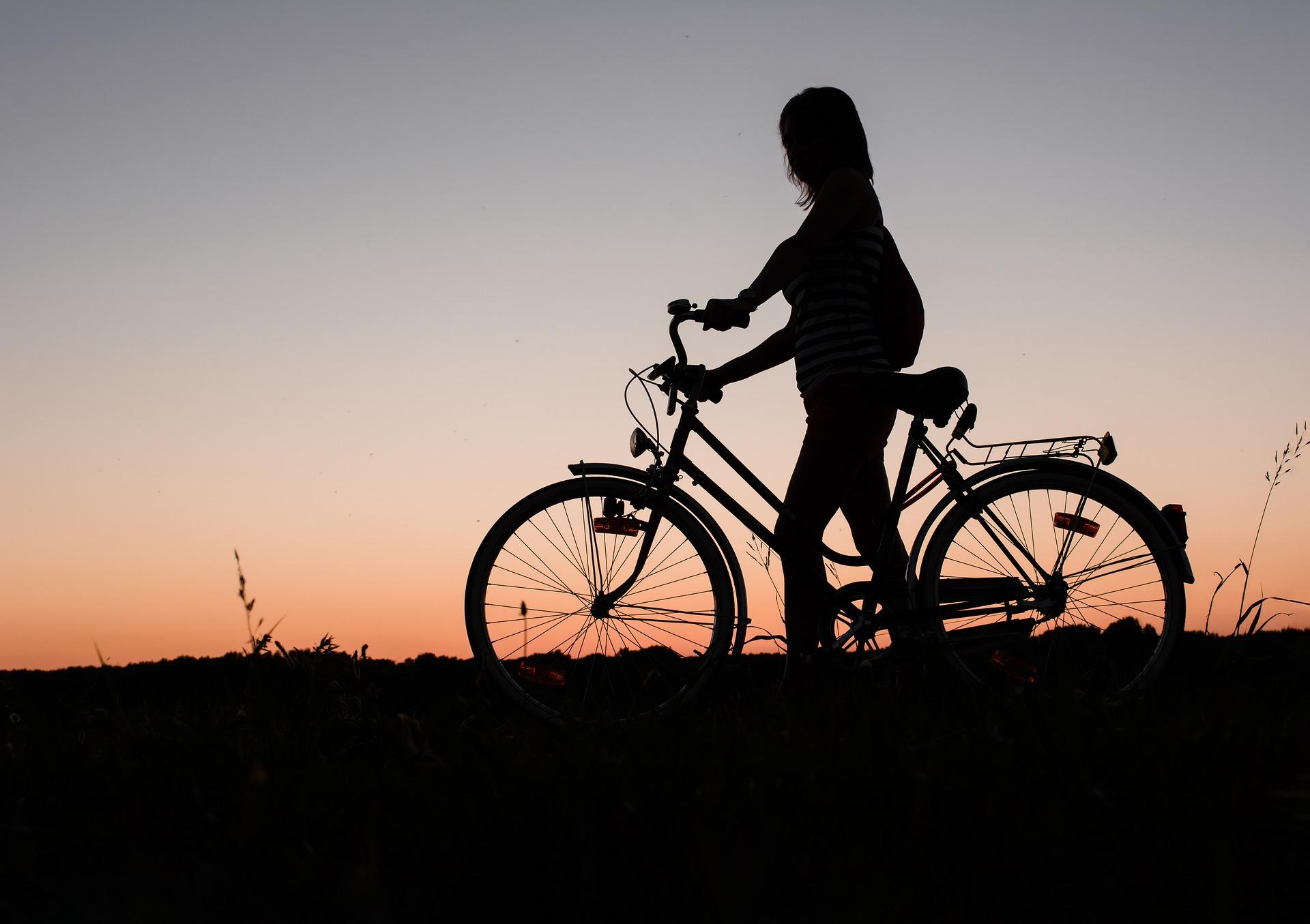 תאונת אופניים חשמליים: כל מה שצריך לדעת אחרי – וגם לפני